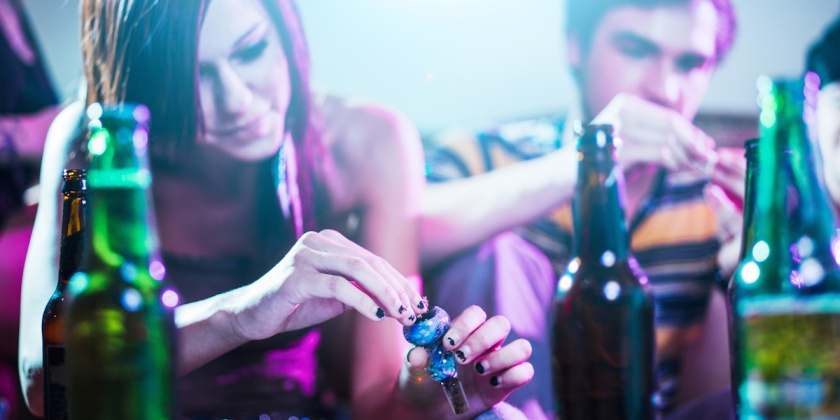 drug using teens at house party.